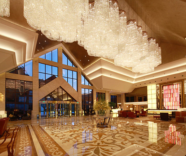 Lobby of the Hilton Hangzhou Qiandao Lake Resort