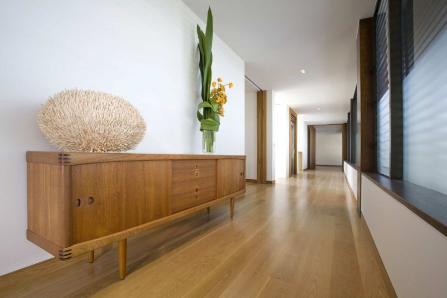 Long corridors of the contemporary home