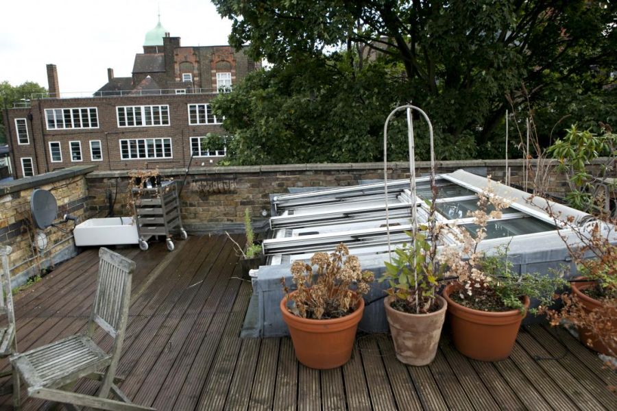 Lovely rooftop with ample space