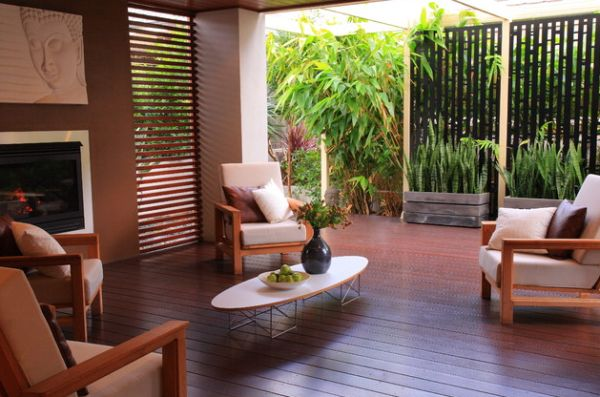 Not just the indoors – Beautiful deck space with the Elliptical table