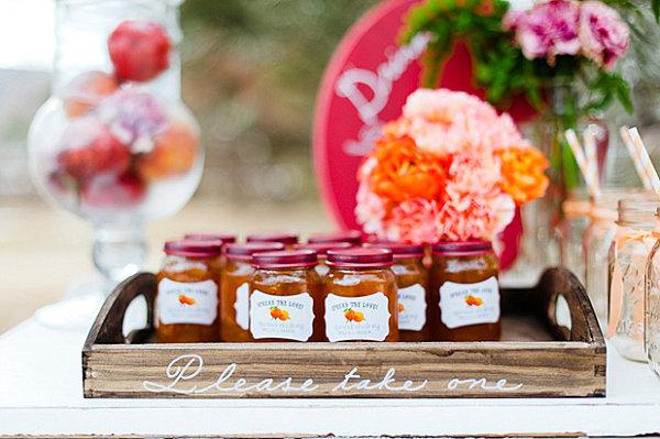Peach jam party favor