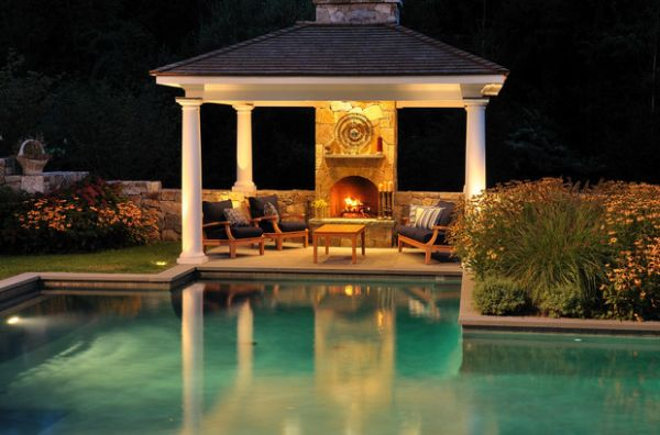 Pergola allow you to enjoy both the pool and the fireplace