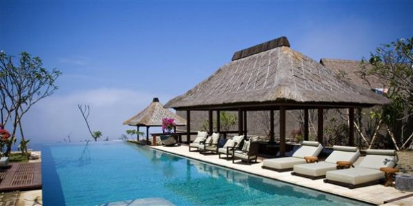 Refreshing pool at the Bulgari Resort and Spa of Bali