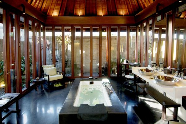 Relaxing spa features at the Bulgari Resort
