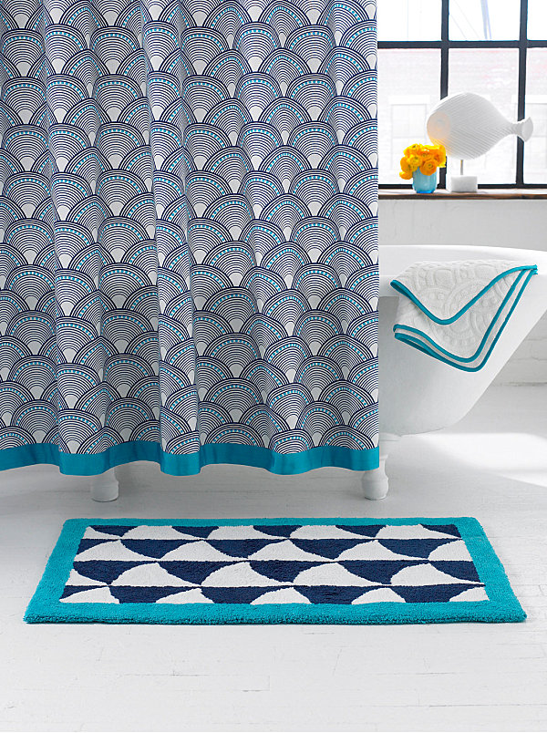 Scale pattern shower curtain
