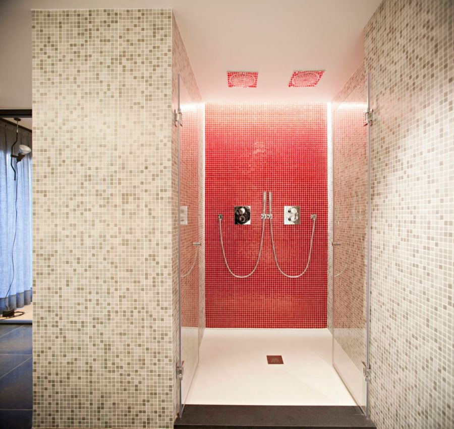 Sizzling shower area in red