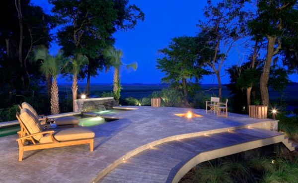 Understated fire pit for the pool deck