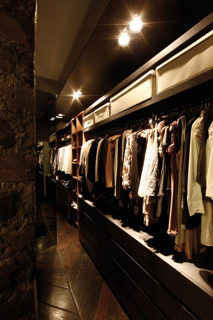 Walk-in closet in the Doria Home