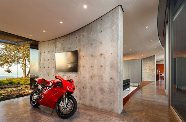 dream motorcycle garage 1 Dream Motorcycle Garages: Park Your Ride in Style at Night