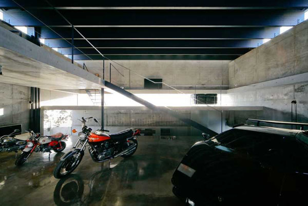dream motorcycle garage (9)