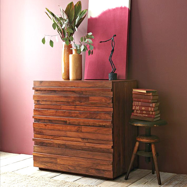 3-drawer dresser of reclaimed wood
