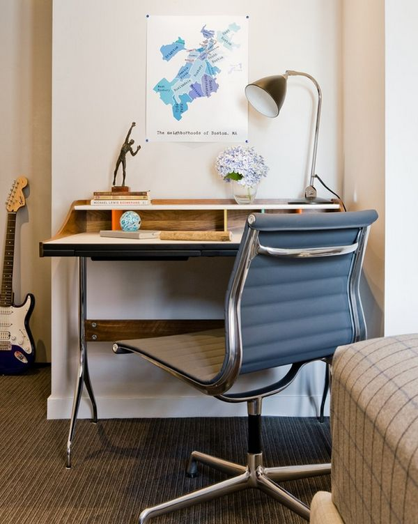 A closer look at the George Nelson Swag Leg Desk - Iconic and elegant!