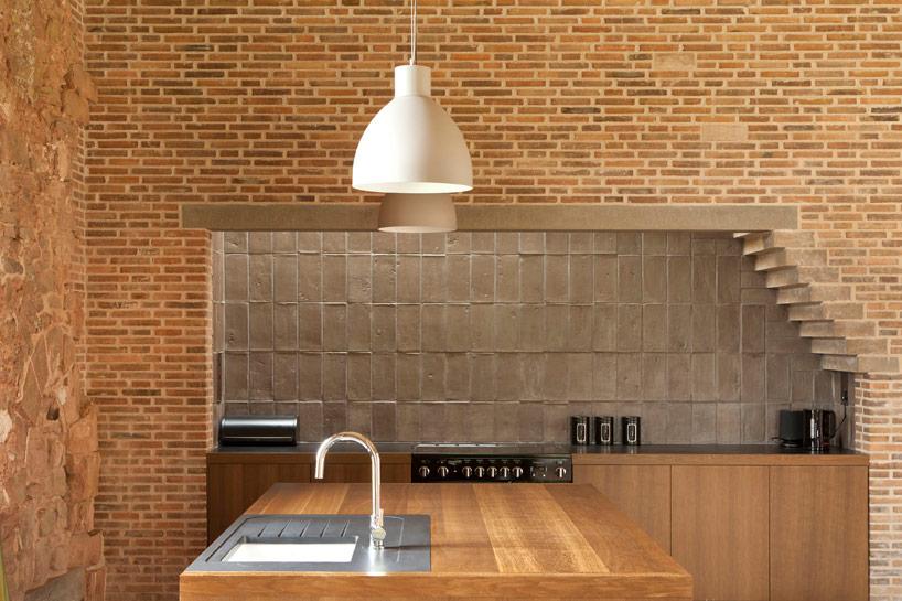 Beautfiful wooden kitchen island