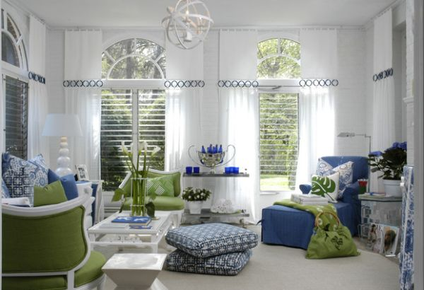 Beautiful family room uses accent colors to perfection