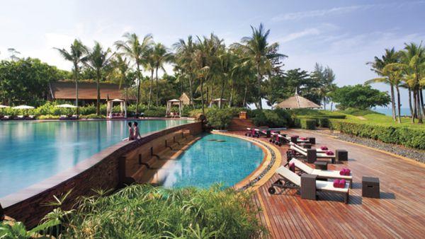 Beautiful pool at the Phulay Bay