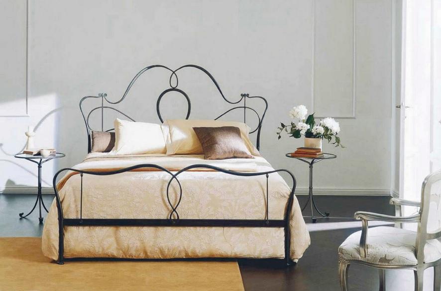 Bontempi Casa Marlen 3-legged wrought iron bedside table glass top
