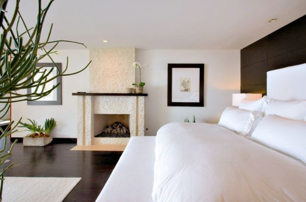 Contemporary bedroom in white with a relaxing vibe