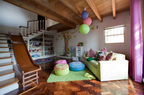 Create a stylish entrance for the snazzy playroom