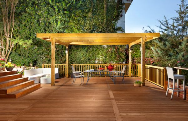 Design of the pergola blends in with the remainder of the deck