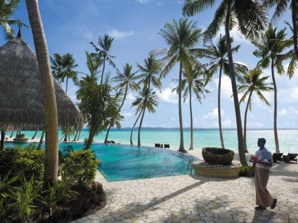 Enjoy top class service at Shangri-La's Villingili Resort & Spa