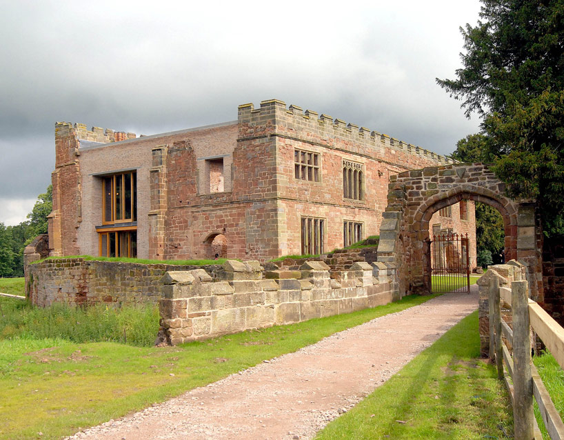 Entranceway to Astley castle holiday home