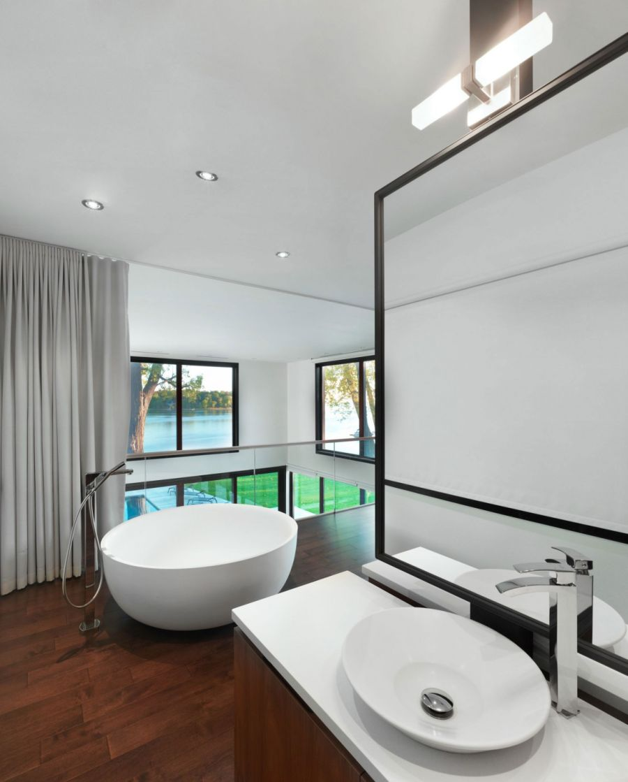 Ergonomic modern bathrooom