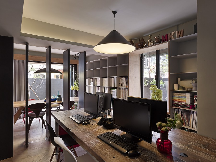 View In Gallery Ergonomic Work Space Concealed Beautifully