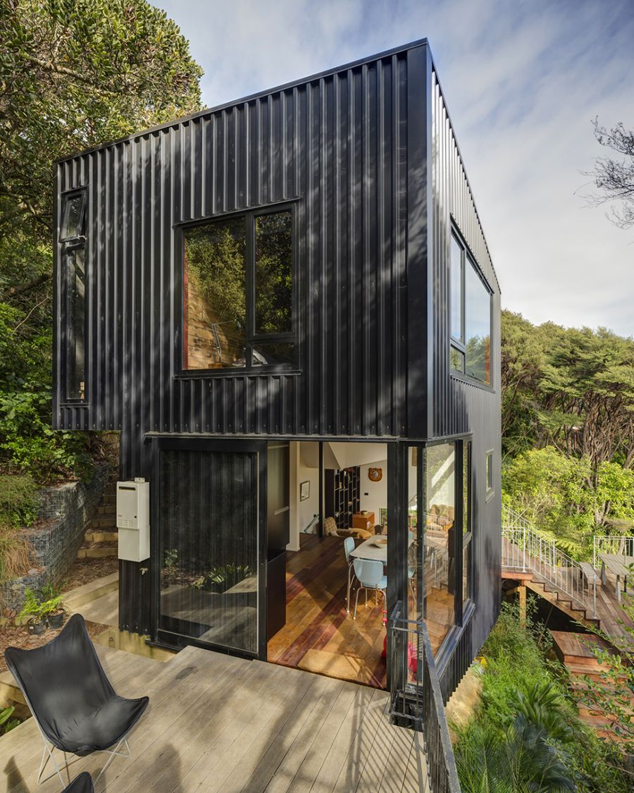 Beautiful blackpool house blends split level design with for Small home designs nz