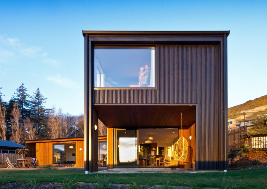Exterior of the Nelson House Nelson House In New Zealand Offers Seclusion Draped In Scenic Beauty