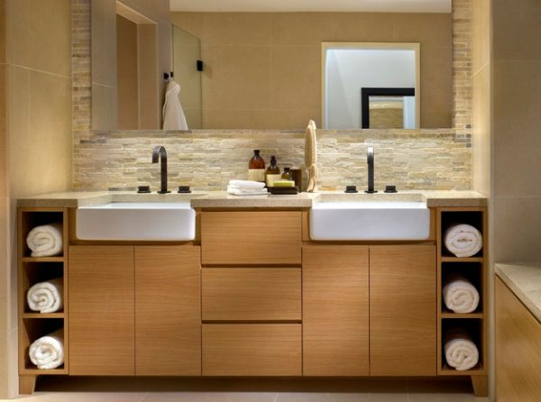 Fancy display unit lends stylish sophistication to the bathroom