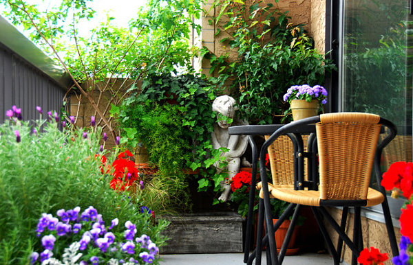 Balcony gardens prove no space is too small for plants - Small space garden design ideas set ...