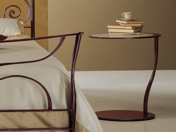 Galle wrought iron bedside table in brown