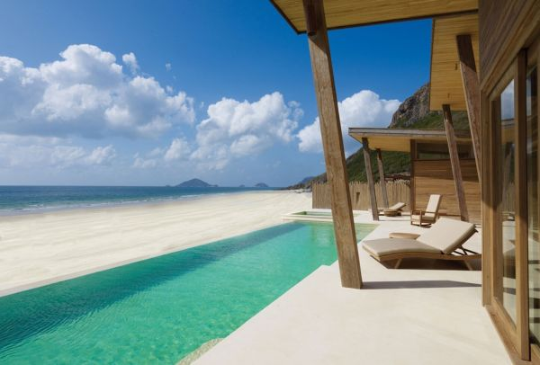 Infinity pool at Six Senses Con Dao