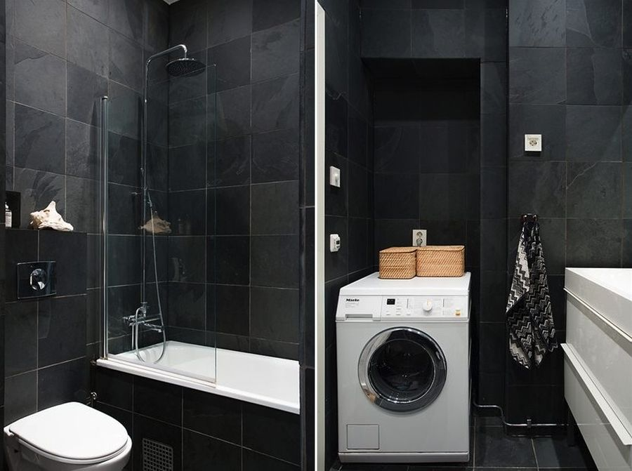 Laundry room and bathroom in black