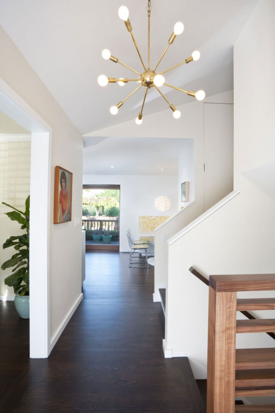 Modern pendant lights used in Moraga Residence