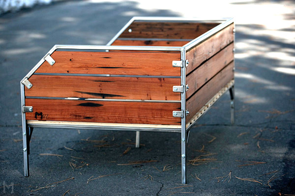 Reclaimed daybed
