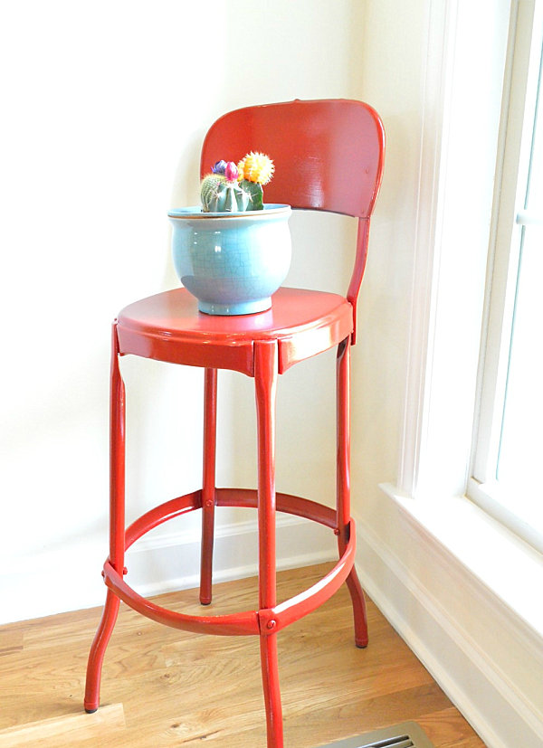 Red spray painted stool makeover