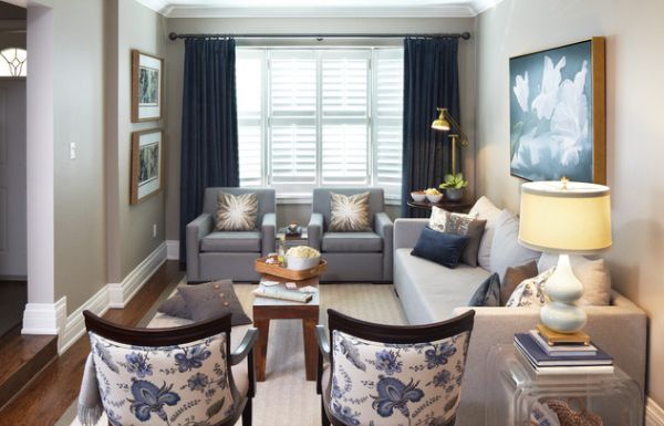 Snazzy combination of blue and gray in thye living room