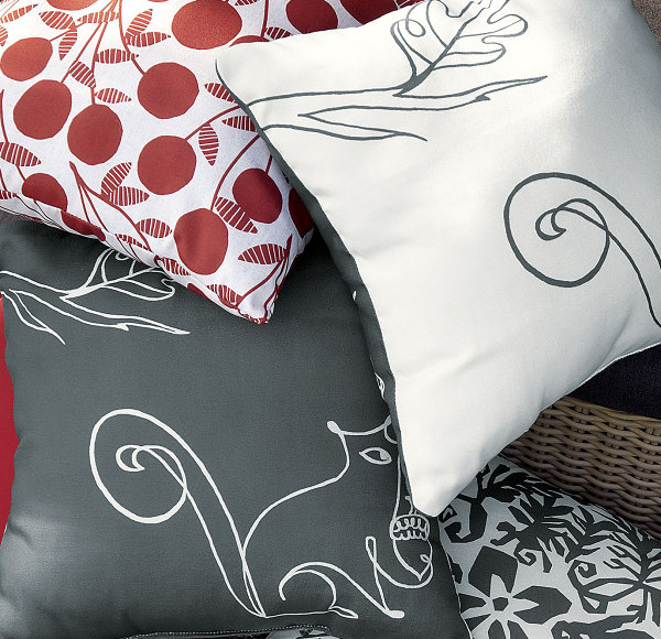 Squirrel outdoor pillow Chic Fall Decor Finds