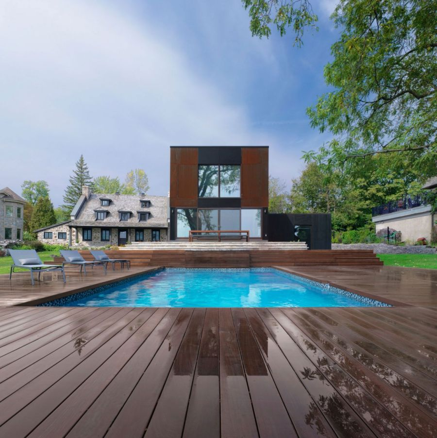 Stylish pool and deck area for the Chemin Bord du Lac