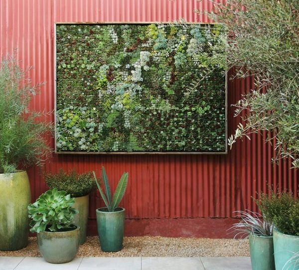 Cool diy green living wall projects for your home for Vertical garden wall systems