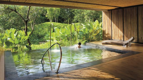 Vitality pool in the Phulay Bay Spa