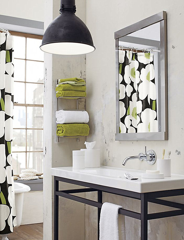 Cool bathroom storage ideas for Towel storage for bathroom ideas