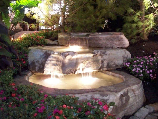 Ashland Berry Farms multi-layer garden waterfall lighting