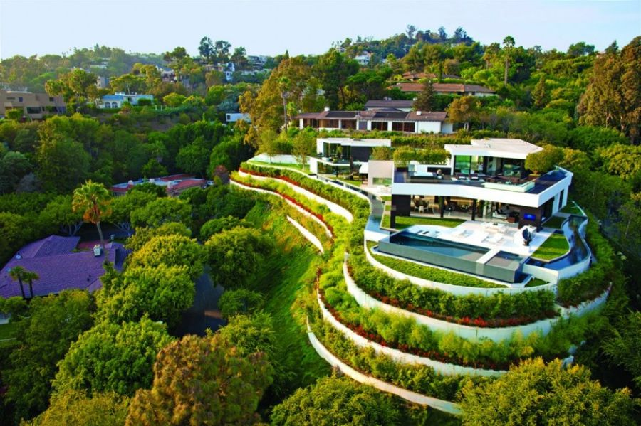 Aerial view of Laurel Way Residence in Beverl Hills, California