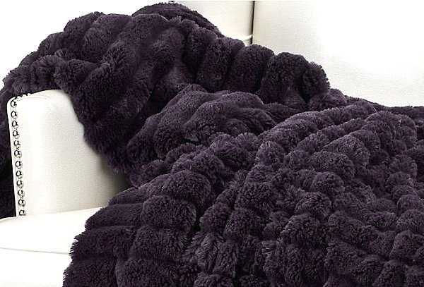 Aubergine throw