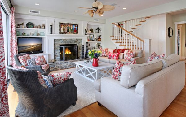 View In Gallery Beautiful Combination Of Country And Coastal Styles With  Chic Patterns