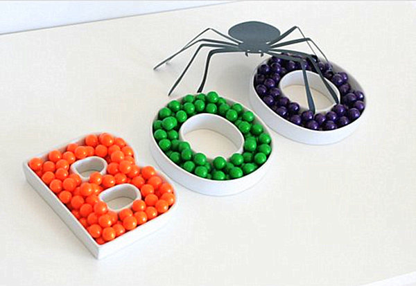 Boo ceramic letter dishes