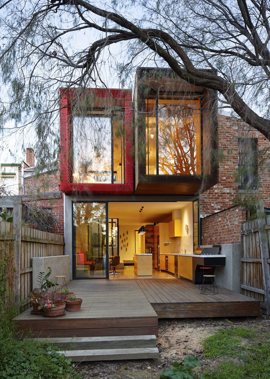 Box like design of the Melbourne home Modern Melbourne House With A Japanese Maple At Its Heart!