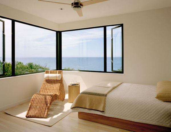 Coastal style interiors ideas that bring home the breezy for Breezy beach chaise